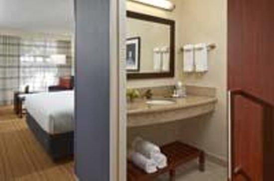 Hotel MdR-A DoubleTree by Hilton Hotel : Bathroom