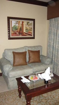 Sandals Grande St. Lucian Spa & Beach Resort : room 5111 sitting area