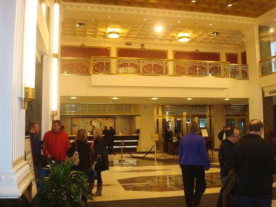 Wyndham New Yorker Hotel : Lobby