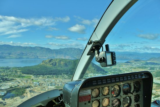 Alpine Helicopters: cockpit view of Mt Boucherie