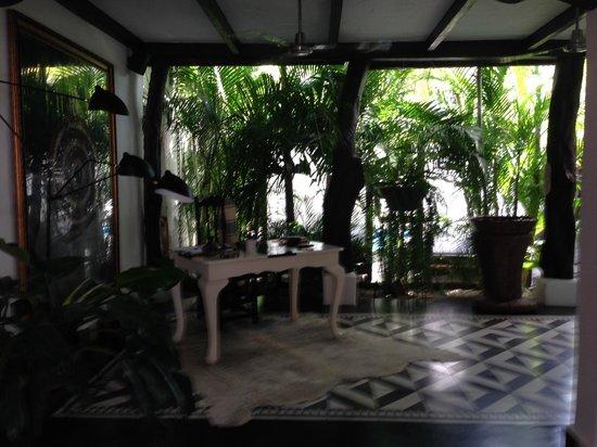 Tribal Hotel : Front Desk Area
