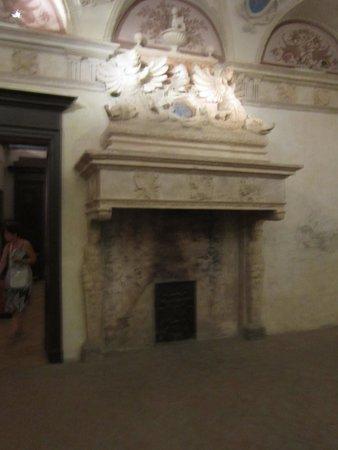 WiMu - Museo del Vino a Barolo : camino del castello