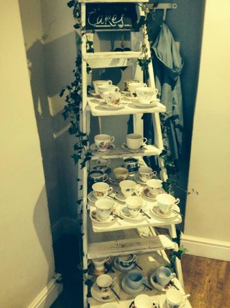 The Green Room: Elegant display ready for teas & coffees