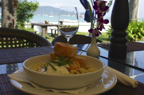 Ao Chalong Yacht Club Restaurant : New Seafood Chowder ......