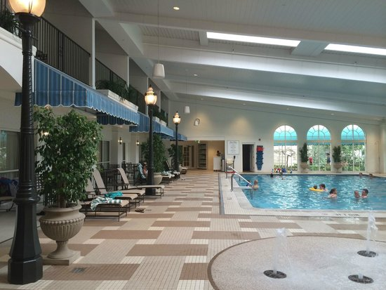 The Hotel Hershey: Indoor pool Area