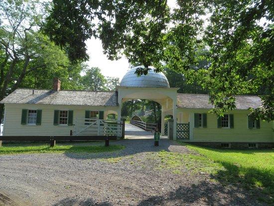 Hyde Hall : Tin Top Gatehouse
