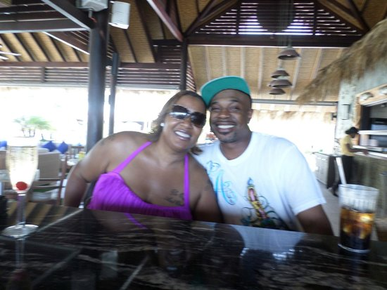 Sandals LaSource Grenada Resort and Spa: HUBBY AND I AT NEPTUNE'S RESTAURANT