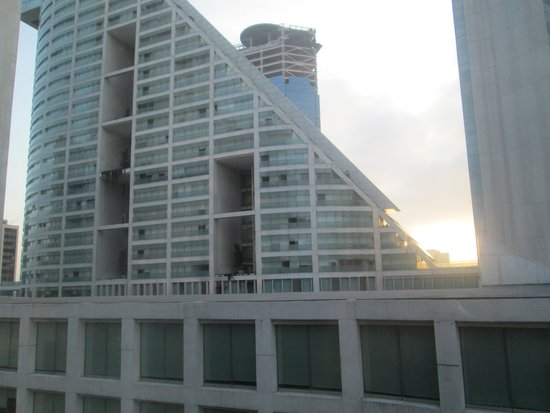 City Express EBC Reforma : Vista desde el piso 9, hacia Reforma 222