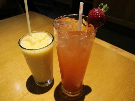 olive garden nossas bebidas peach mango smoothie e strawberry and passion fruit - Olive Garden Buena Park