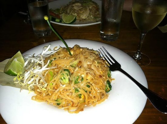 Spice : Pad Thai- I requested additional broccoli :)
