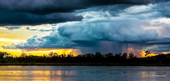 Kimberley Croc Motel: Kununurra Wet Season