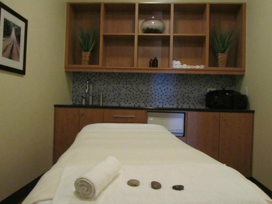 Bridgewater Beleaf Salon & Spa: Spa Room