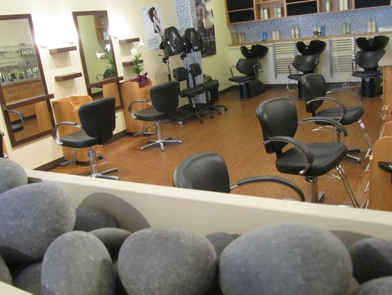 Bridgewater, Canada: Salon Area
