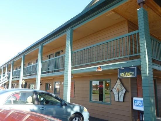 Best Western Weston Inn: front building