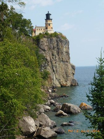 Split Rock Lighthouse: Shines on High