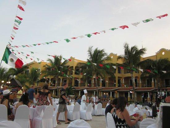 Secrets Capri Riviera Cancun: Outside Mexican Fiesta