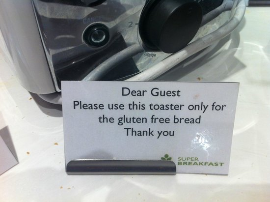 Radisson Blu Plaza Hotel Sydney: good signage on toaster