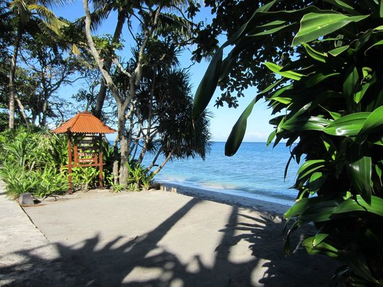 Holiday Resort Lombok : Direct beach access