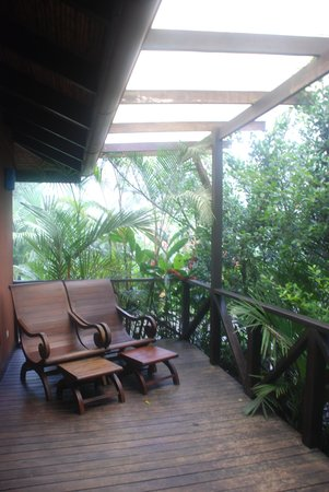 Rio Celeste Hideaway Hotel: The lanai