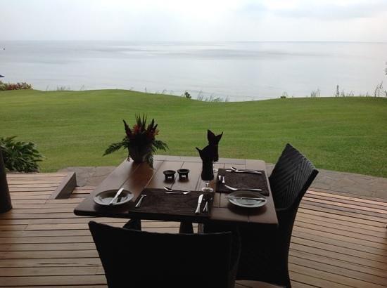 Taveuni Island Resort & Spa : breakfast on cloudy morning
