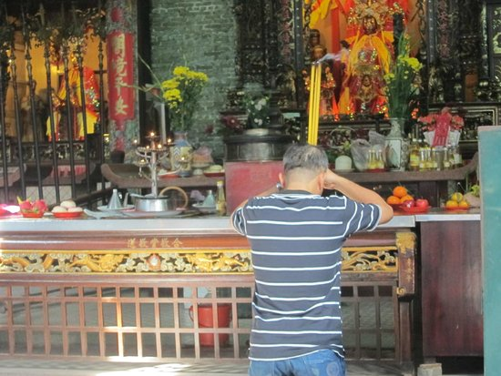 Ba Thien Hau Temple: Chua Ba Thien Hau