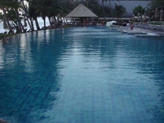 KC Grande Resort & Spa: Big pool size