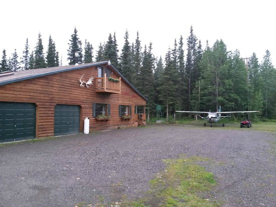 Red Eagle Lodge : Beautiful lodge, awesome attic room