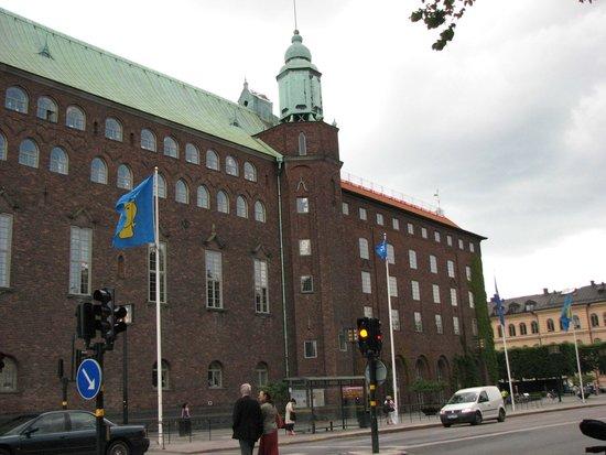 Ayuntamiento: Outside Town Hall