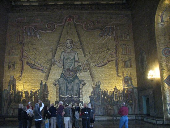 Ayuntamiento: Inside Town Hall