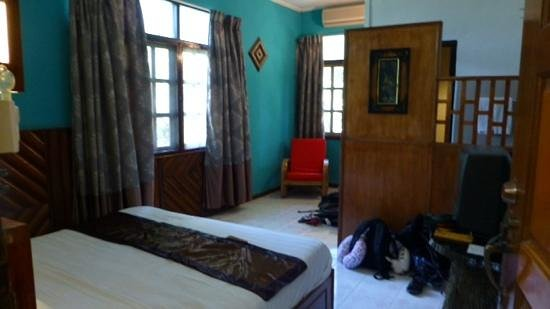 Sepilok Jungle Resort: Our room (deluxe)