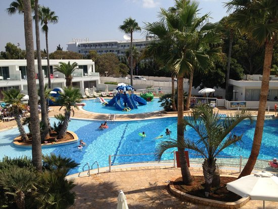 "Dome Beach Hotel & Resort: Piscine ""enfants"""