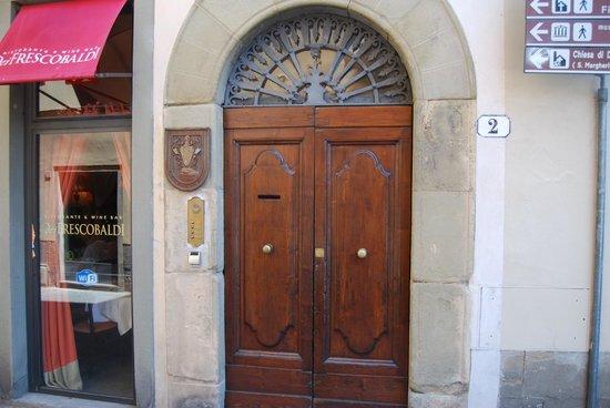Residenza d'Epoca in Piazza della Signoria: Entry to Residenza D'Epoca