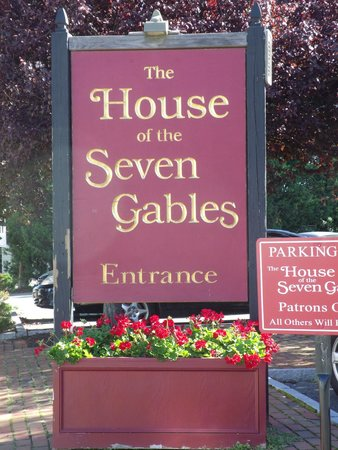 The House of the Seven Gables : the sign