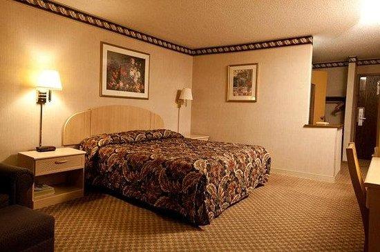 Atrium Hotel: My Room