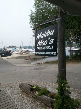 Malibu Moo's Frozen Griddle: By the bay