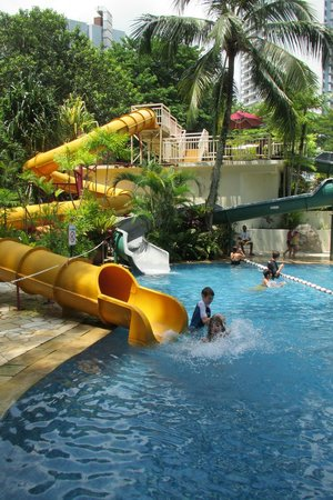 Parkroyal Penang Resort Malaysia Hours Of Fun On The Hotel Swimming Pool Water
