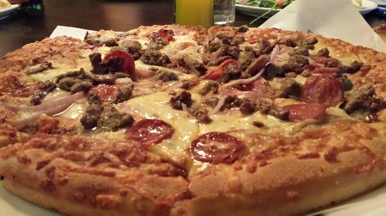 Peppe's Pizza: I would give it 4 stars but it's very $$$.