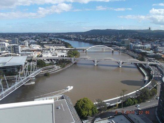 Meriton Serviced Apartments Brisbane on Herschel Street: Amazing view of the Brisbane River
