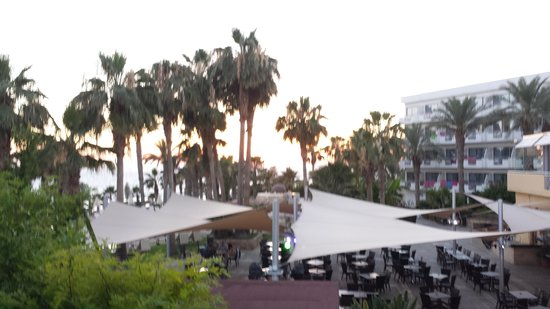 Hotel St. George: just before sunset