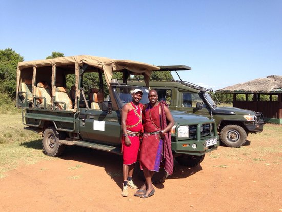 Ngerende Island Lodge: The experienced drivers for the game drive