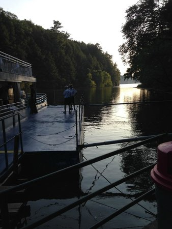 Dells Boat Tours: On the dock at Witches Gultch