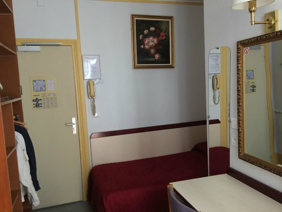 Avenir Hotel: Номер 9