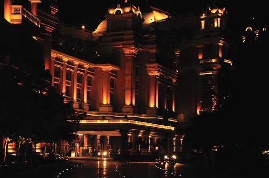 ITC Grand Chola, Chennai: Illuminated frontage 2