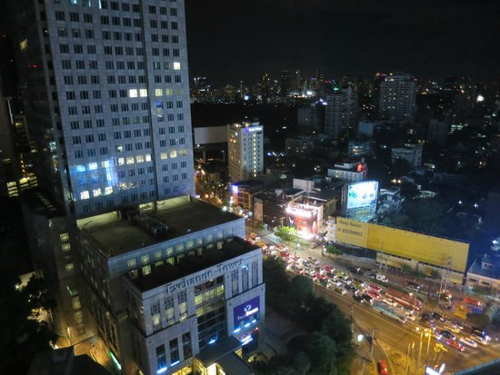 The Continent Hotel Bangkok by Compass Hospitality: View from room