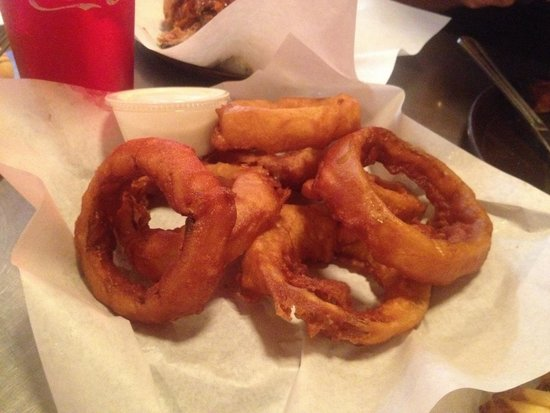 Phil's BBQ : Gigantic Onion Rings