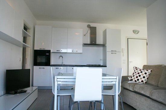 Residence Fanny : Trilocale Vista Mare - Cucina