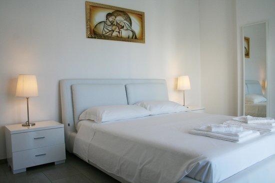Residence Fanny : Trilocale Vista Mare - Camera matrimoniale