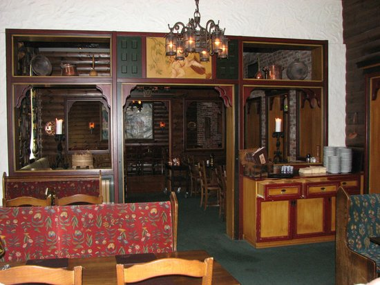 Bryggeloftet & Stuene : Inside dining area