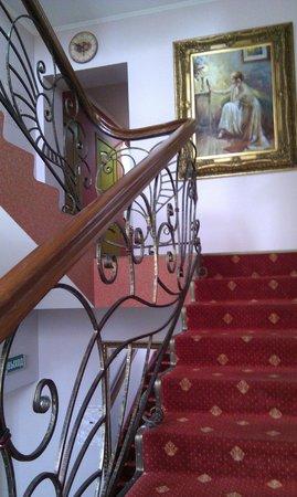 Renaissance Hotel: Приятное оформление отеля.