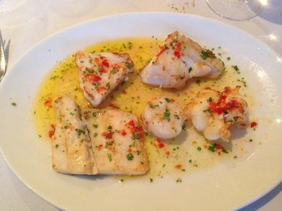 Pietros Italian Restaurant: spicy Fish